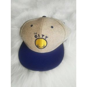 🆕️ Golden State Warriors Gray Grey Snapback Hat